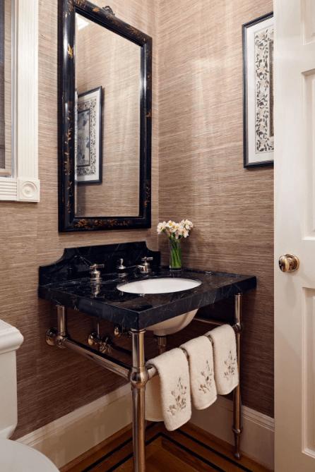 Trang trí phòng tắm với giấy dán tường
